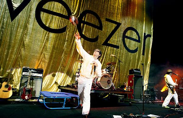 Weezer, Shoreline Amphitheatre