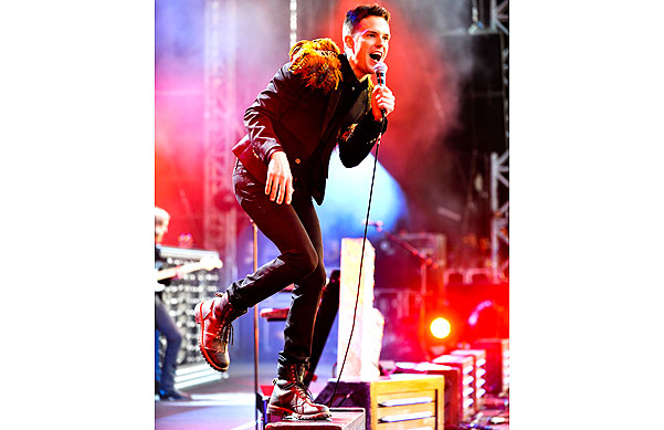 Killers' frontman Brandon Flowers prances in Hyde Park