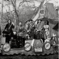 The Raconteurs, 'Consolers of the Lonely' (Third Man/Warner Bros.)