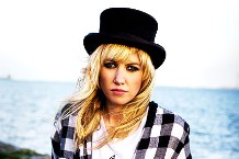 big09-ladyhawke.jpg