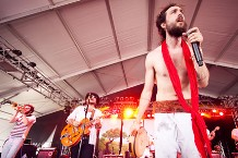 edward_sharpe-kyle_dean_reinford-02-main.jpg