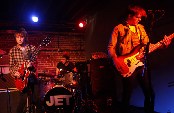 JET Live at 330 Ritch