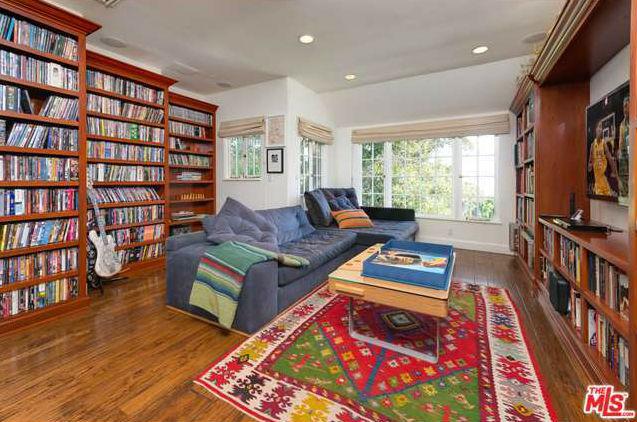 one hot mansion buy flea s 6 8 million l a estate spin. Black Bedroom Furniture Sets. Home Design Ideas
