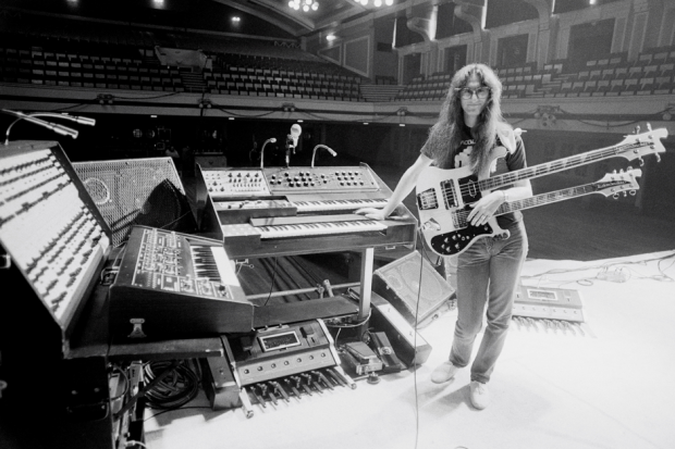 Geddy Lee in England, June 1980 / Photo by Fin Costello/Redferns