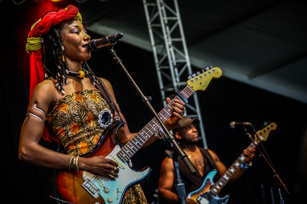 Fatoumata Diawara / Photo by Ian Witlen