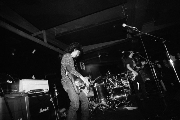 Probably Sheehan's  Cafe, Northampton, MA, December 7, 1986 / Photo by Jason Talerman