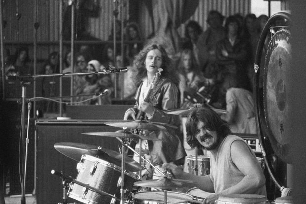 What here Led zeppelin show sex can