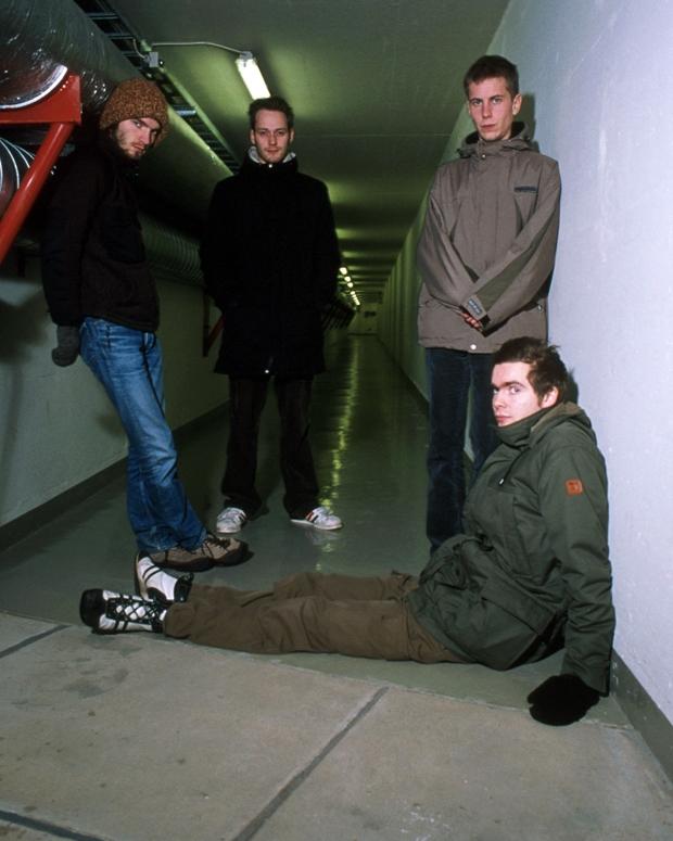Sigur Rós in 1999, (L-R), Kjartan Sveinsson, Georg Hólm, Orri Páll Dýrason, Jónsi / Photo by Martyn Goodacre/Photoshot/Getty