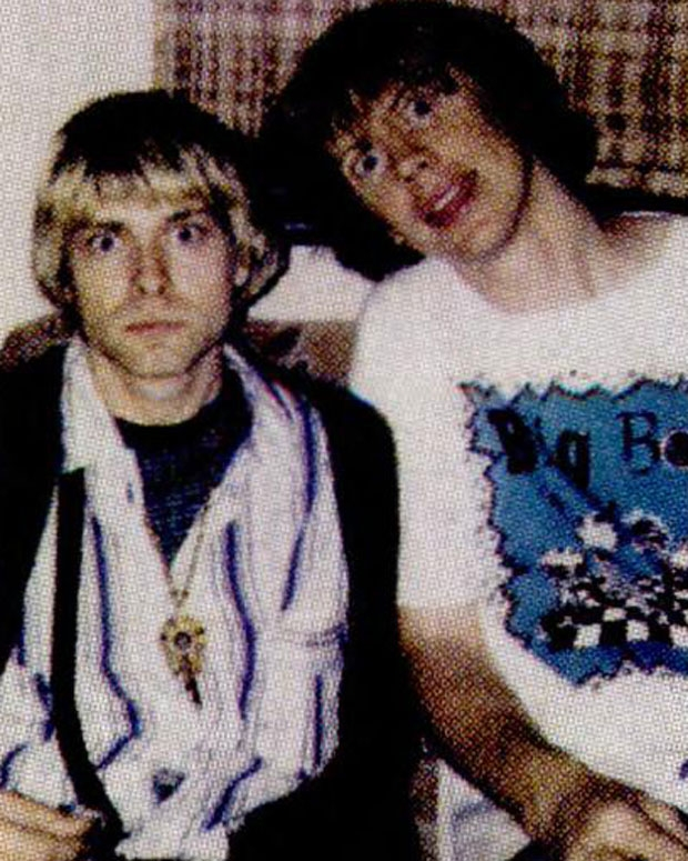 Cobain with Thurston Moore, 1992