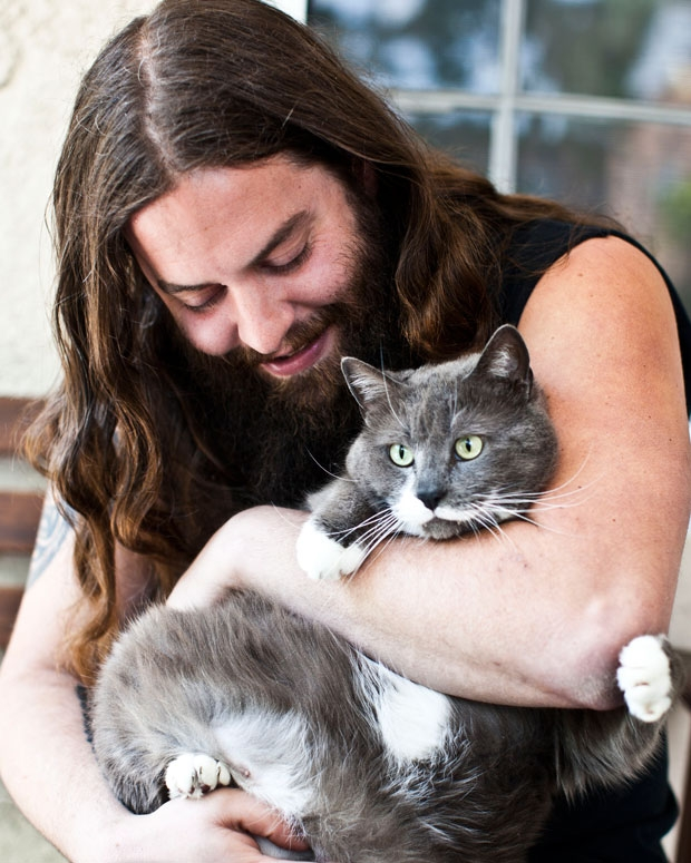 Showalter and Stan the cat / Photo by Jolie Ruben for SPIN